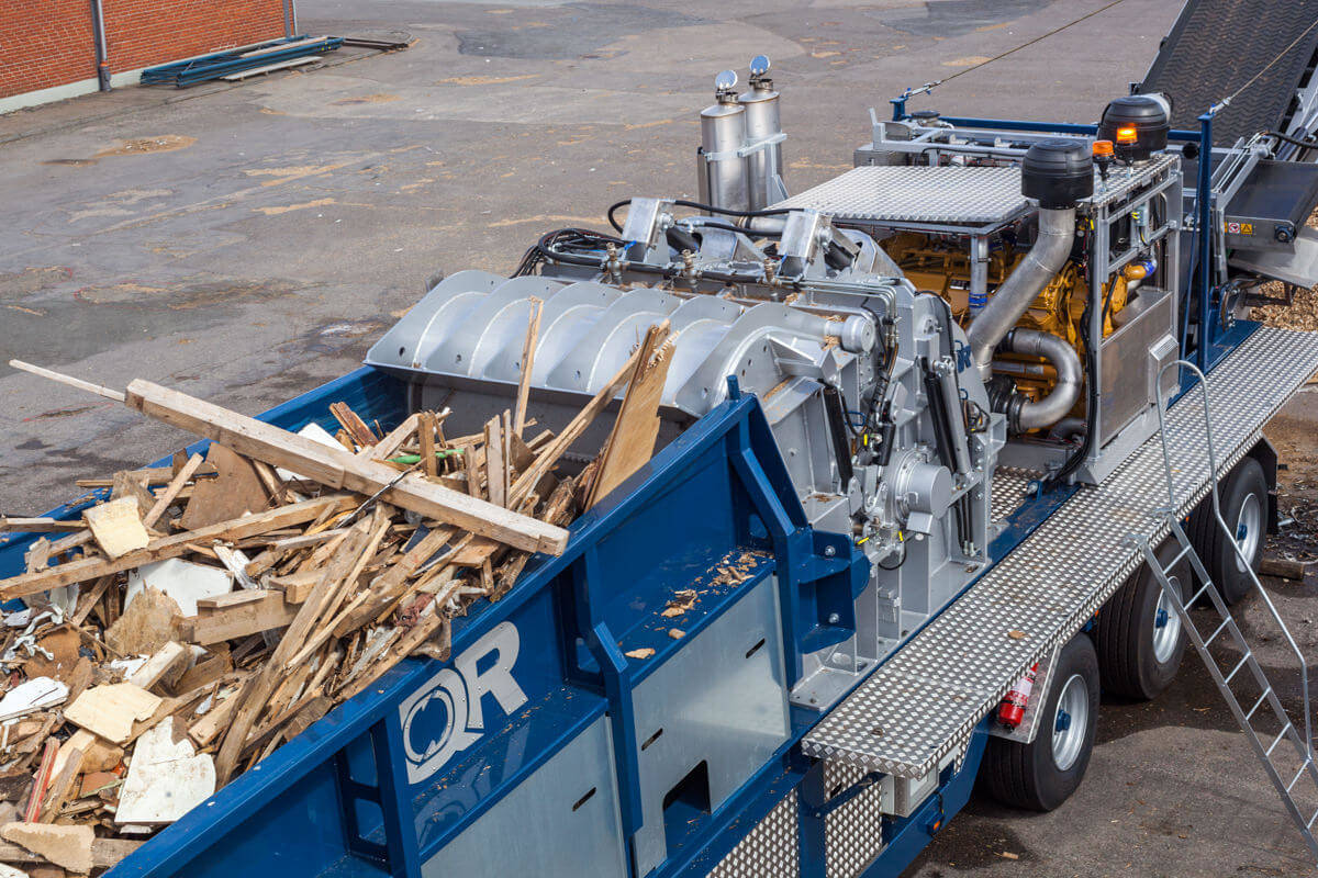 IQR FH1800 Mobil kross trä material
